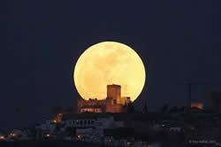 2012年5月6日【超級月亮】將現身