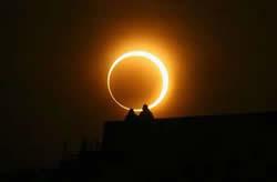 2012年5月21日清晨0606左右將現【金環日食】天文現象